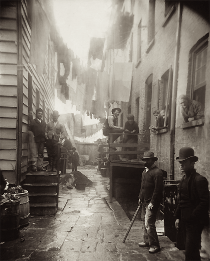 Bandits_Roost_by_Jacob_Riis_1888.png