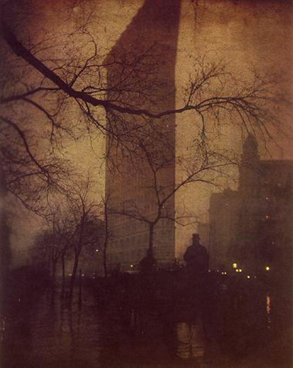Edward_Steichen_The_Flatiron_1905.jpg