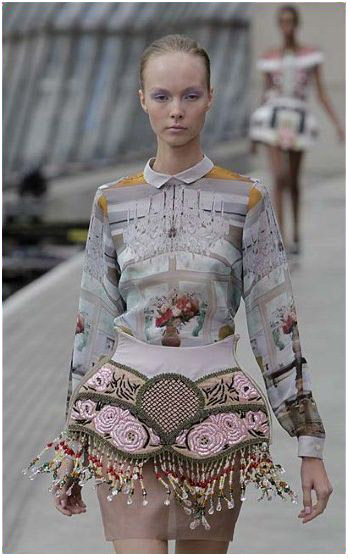 Mary_Katrantzou_lampshade_dress.JPG